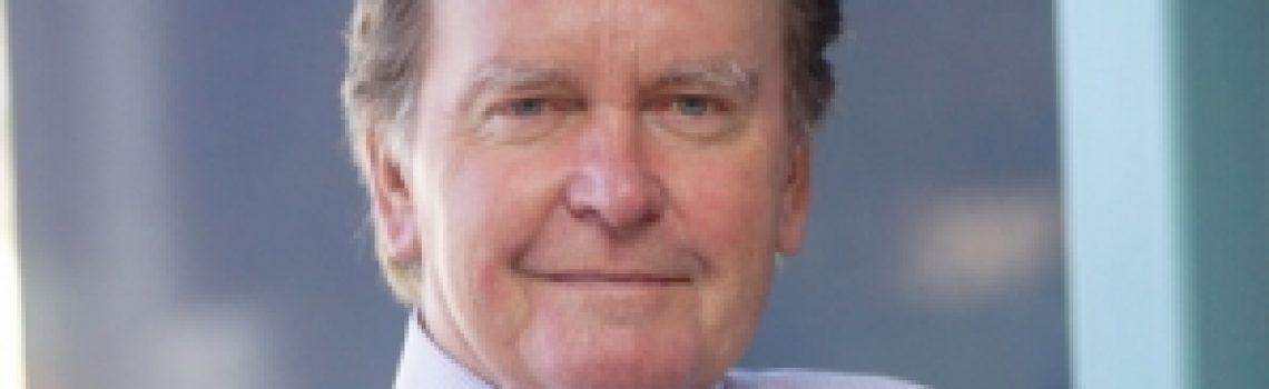 Dr Ron Tomkins